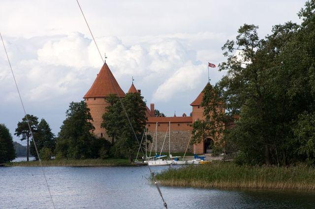 Widok na zamek w Trokach